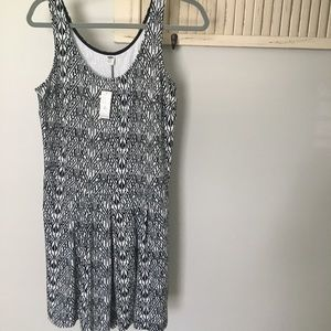 Old Navy NWT romper Size M Tall